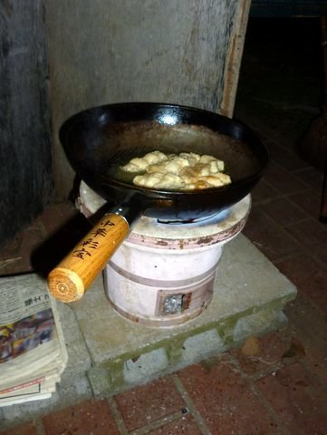 P1120031outdoor_cooking.JPG
